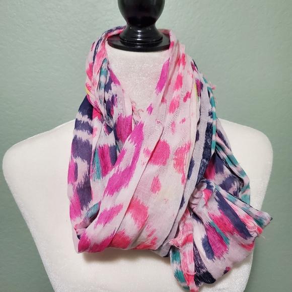 🌼🌼American Eagle multicolor scarf